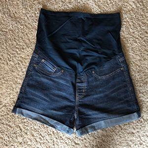 Levi Maternity Shorts